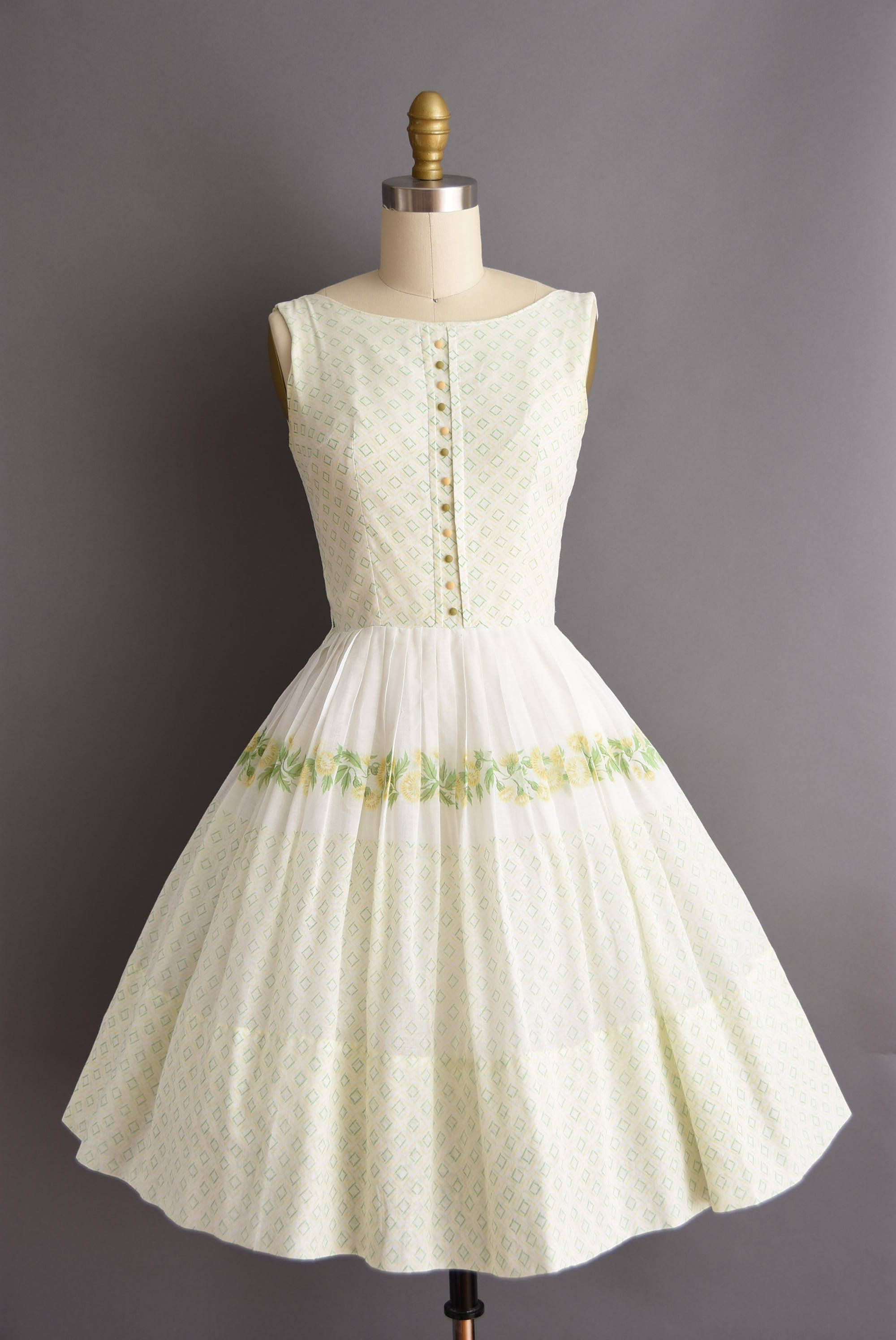 Vintage 1950s White Cotton Green And Yellow Floral Print Sun Dress 50s Small Full Skirt Floral Print Dress Dresses Retro Fashion Vintage Vintage Dresses [ 2992 x 2000 Pixel ]