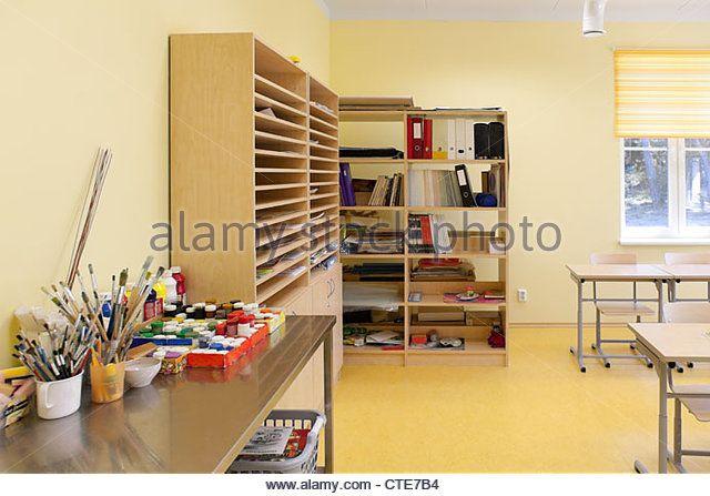 Paint Tube Stock Photos & Paint Tube Stock Images - Alamy