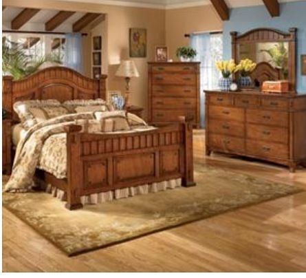 King size bedroom set... Love it!!!