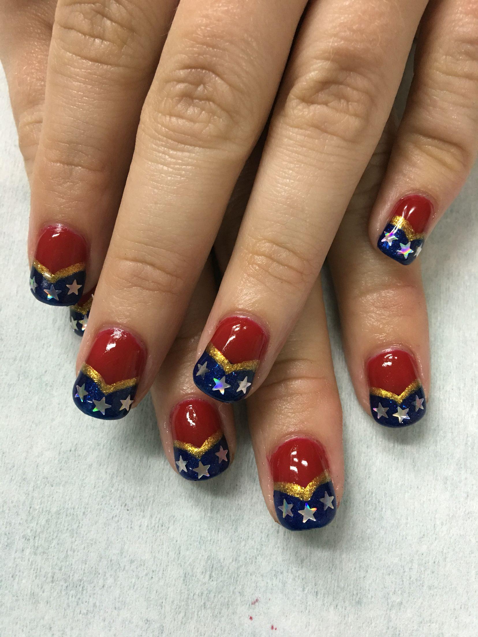 Wonder Woman gel nails | Gel Nail designs | Pinterest | Wonder Woman ...
