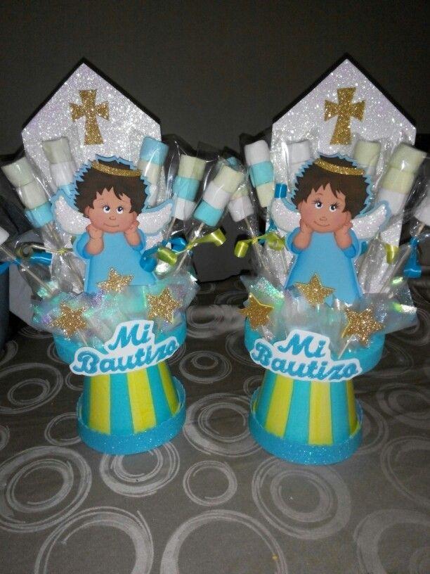 Algo de lo que yo hago un sencillo pero lindo arreglo para bautizo de ni o cupcakes y fiesta - Arreglos de mesa para bautizo ...