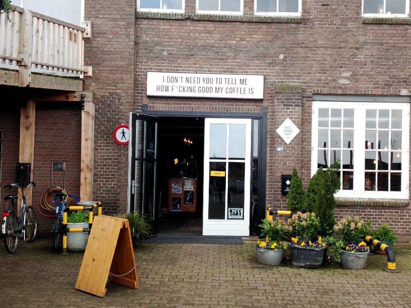 Vandaag lees je alles over de koffiebar First Things First in Nijmegen.
