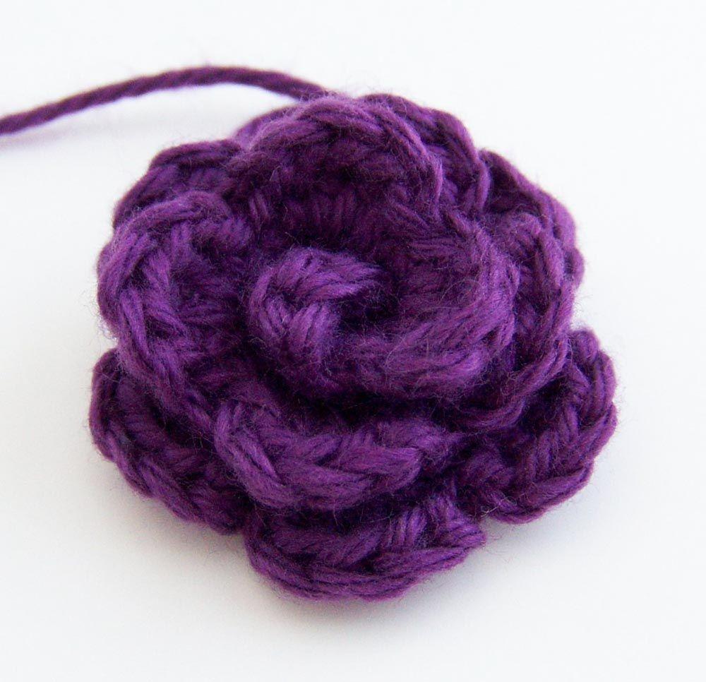 Small Rosette Crochet Flower Pattern via Jenn Ozkan. This ...