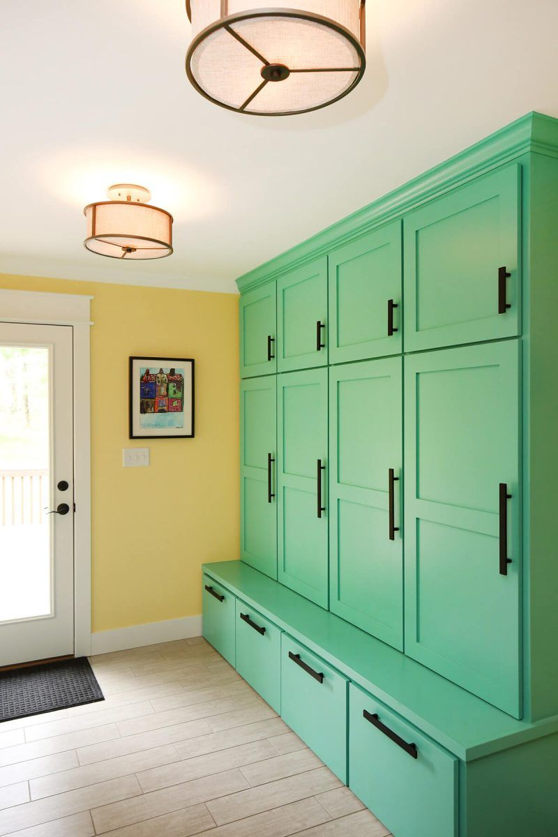 Organize Your Mudroom Furniture 20 How To Make Organized Your Mudroom Entryway