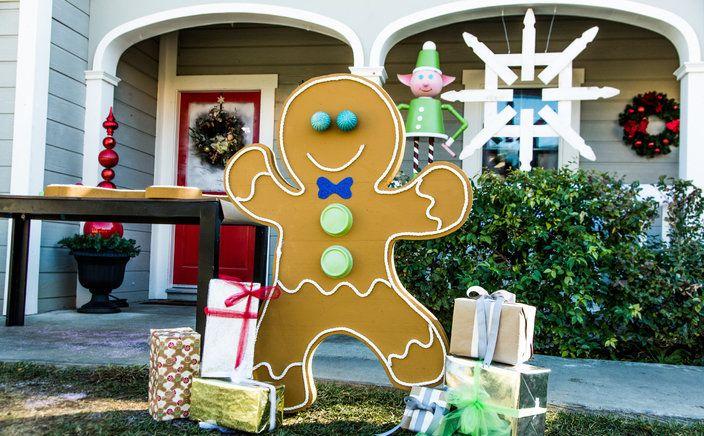 Diy Front Yard Gingerbread Man Christmas Yard Decorations Christmas Decorations Diy Outdoor Outdoor Christmas Diy