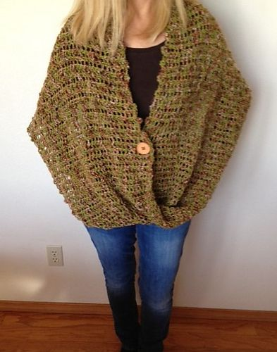 Mobius Wrap pattern by Dayna Scoles Loom knit