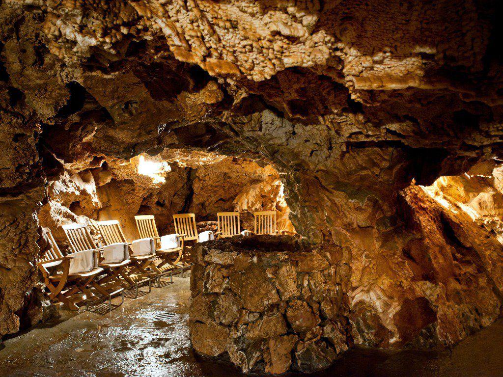 grotten sauna in der h hle giusti in italien die ungew hnlichsten orte zum schwitzen. Black Bedroom Furniture Sets. Home Design Ideas