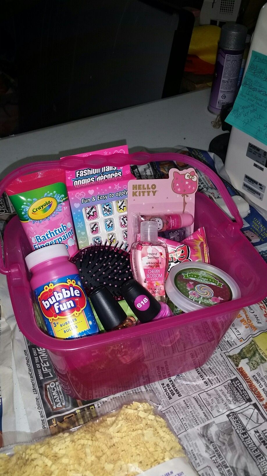A tween basket I made for my 9 year old niece | Mädels 9. Geburtstag ...