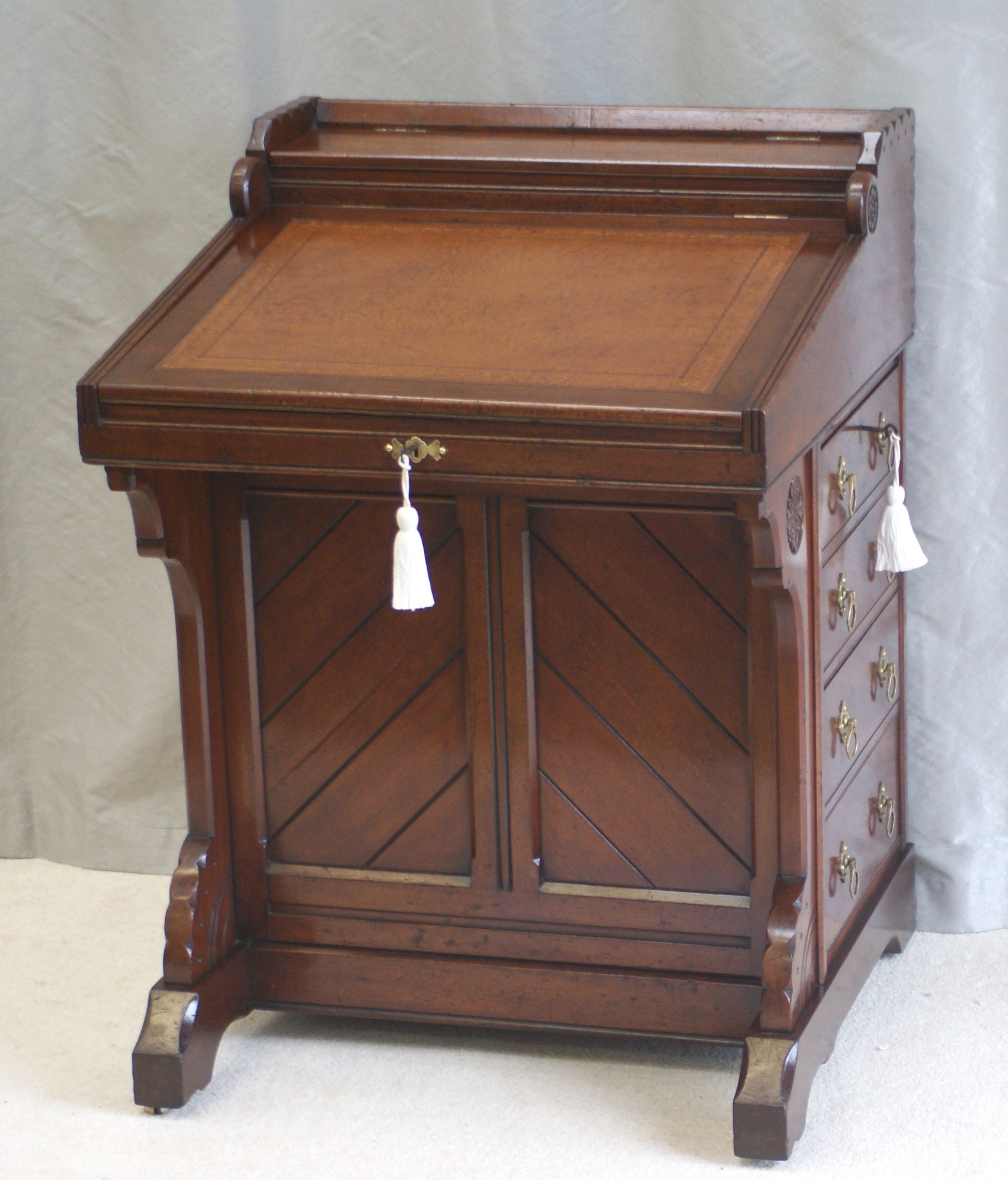 Antique arts and crafts furniture - Finest Quality Solid Walnut Antique Arts Crafts Davenport Writing Desk Four Working Drawers To