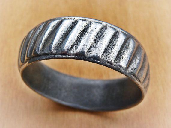 Hey, I found this really awesome Etsy listing at https://www.etsy.com/listing/205099220/bracelet-old-berber-bracelet-ethnic
