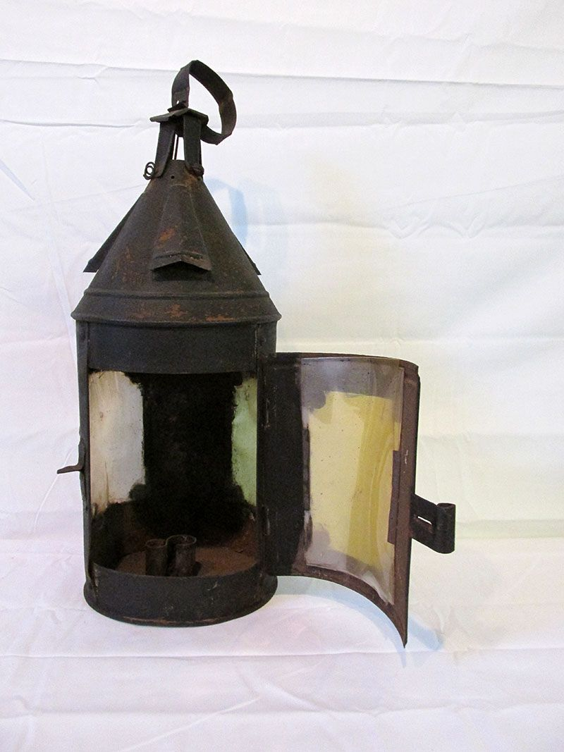 18th Century Tin And Horn Candle Lantern Queen Street Antiques Mall Tappahannock Va Candle Lanterns Antique Lanterns Lanterns