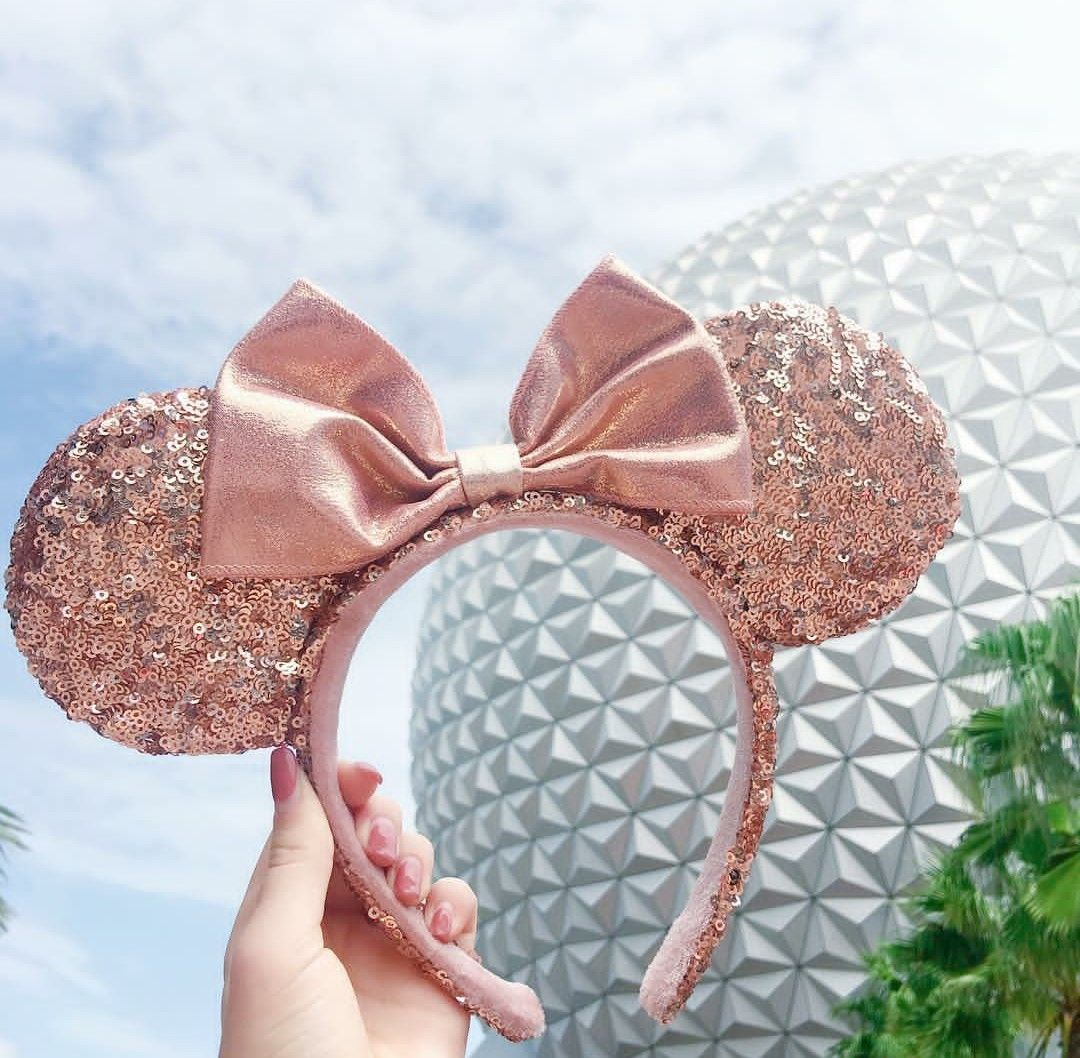 not disneyland but i want those rose gold ears omg so cute all things disney pinterest. Black Bedroom Furniture Sets. Home Design Ideas