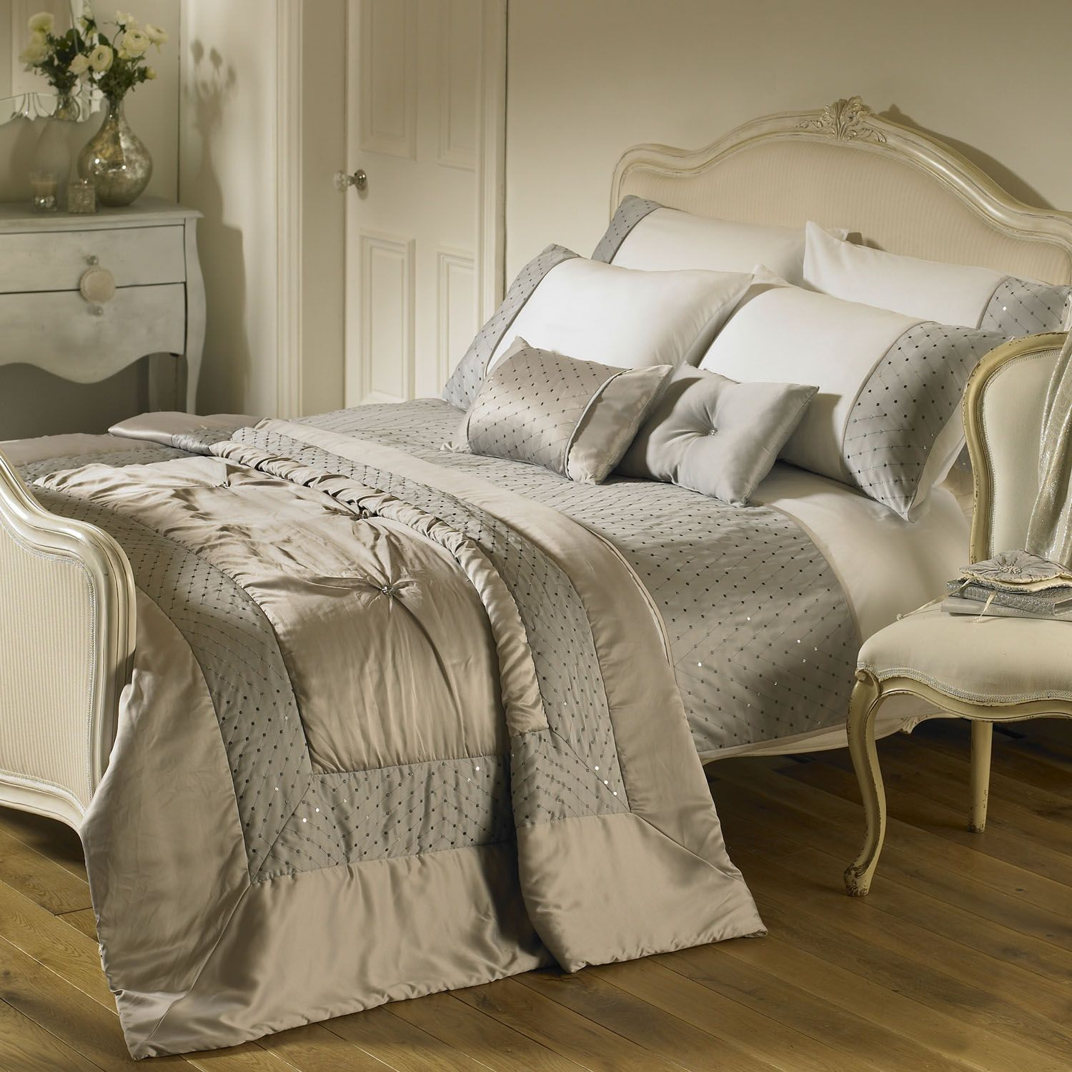 Master Bedroom Bedding Sets Riva Home Romantica Bedding Set In Silver Next Day Delivery Riva