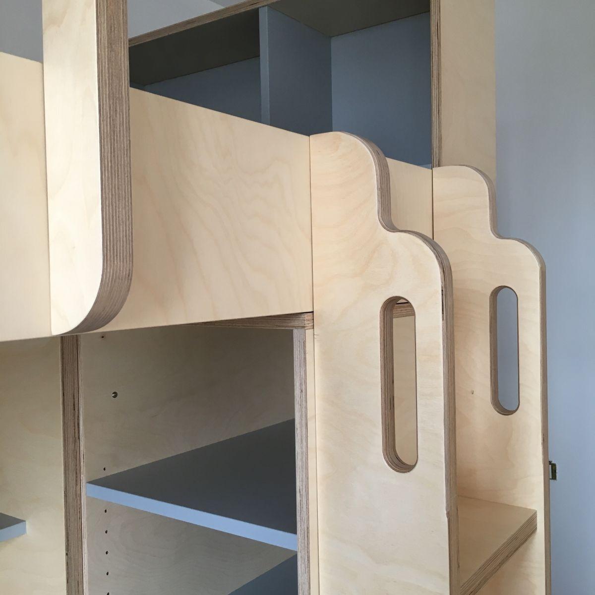 lit mezzanine sur mesure pour grand ado avec espace bureau et rangement dressing et rangement. Black Bedroom Furniture Sets. Home Design Ideas
