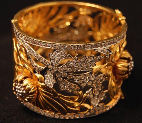 Diamond & Gold Band