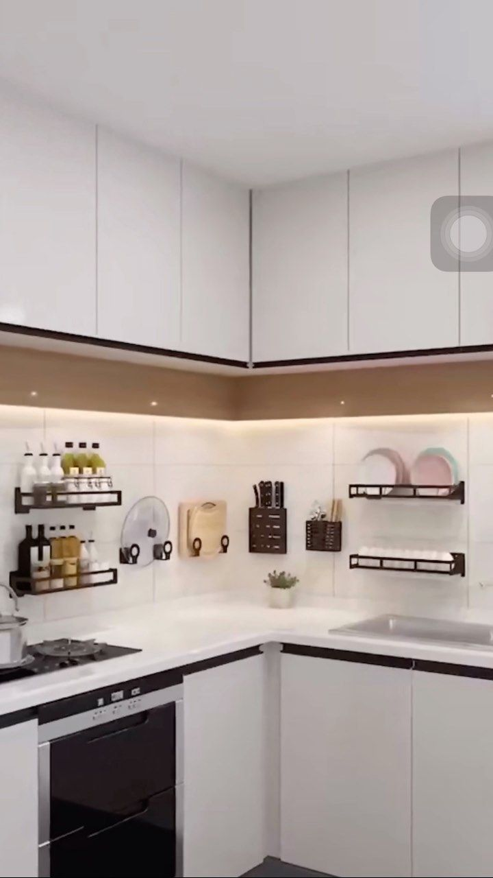 Watch this reel by deslace on Instagram