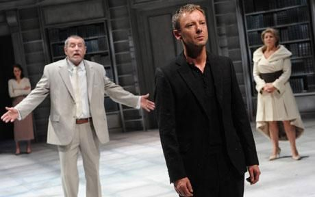 John Simm as Hamlet at the Crucible Theatre #sheffield #socialsheffield
