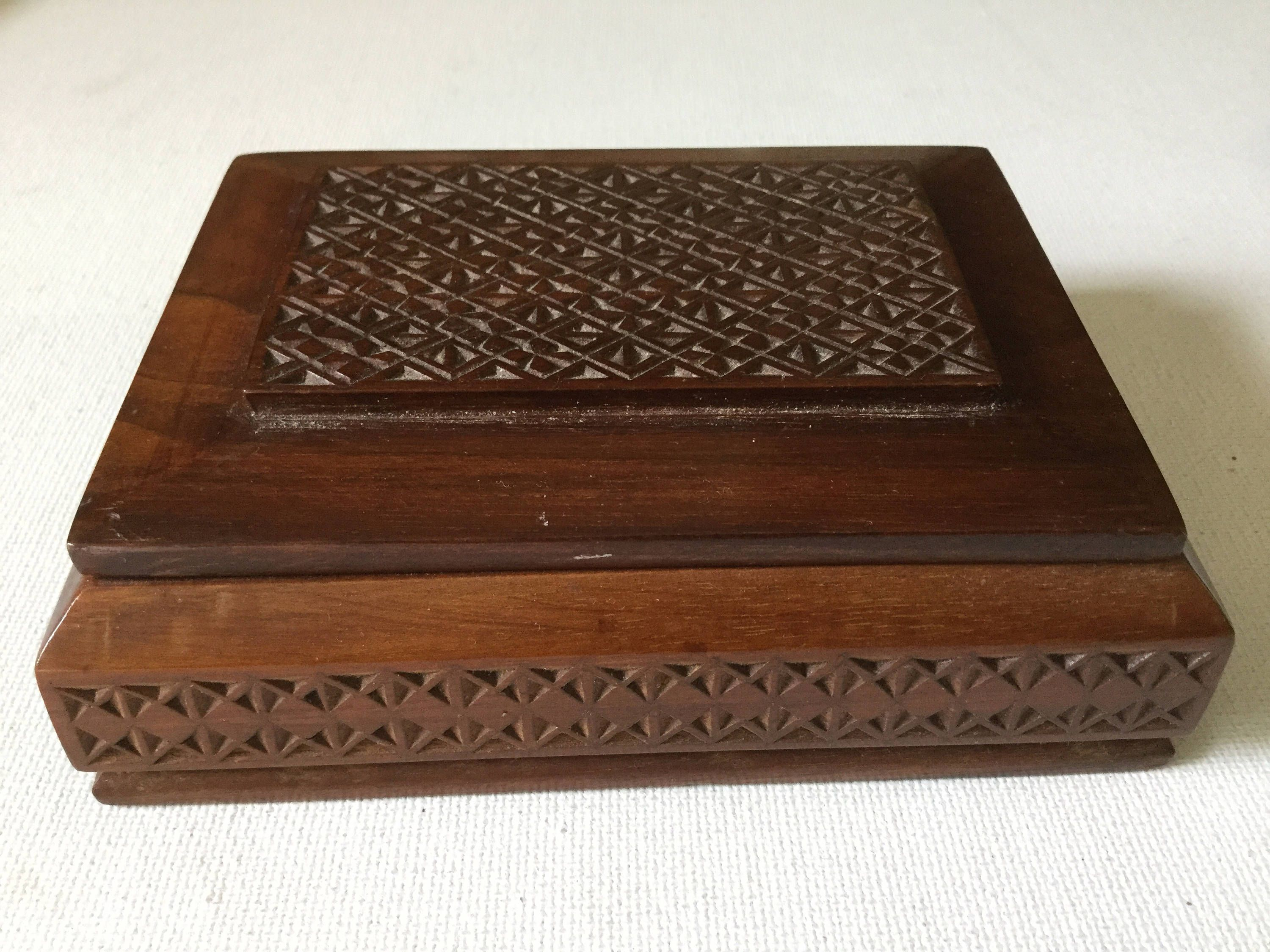 Hand Carved Wood Trinket Box Vintage Jewelry Box by Hannahandhersisters on Etsy