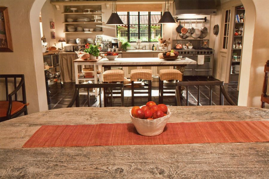 Set Design By James Radin For The Film It S Complicated Its Complicated House Beautiful Kitchens Nancy Meyers