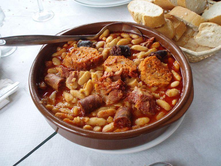 Moroccan Foods To Keep You Warm This Winter Recipes Fabada Asturiana Recipe Food