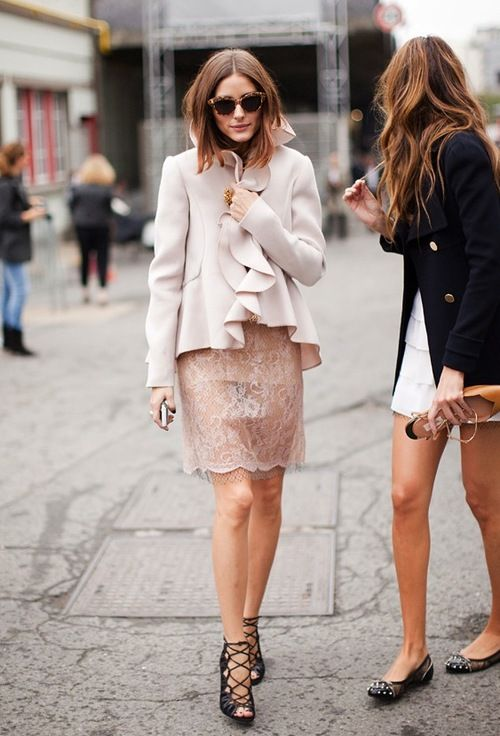 a8a6026950f21 pash-for-fash  streetssavoirfaire  premiere-streetstyle ✥ Premiere Street  Style ✥ Olivia Palermo always seems to hit the mark with simple coloured  pierces ...