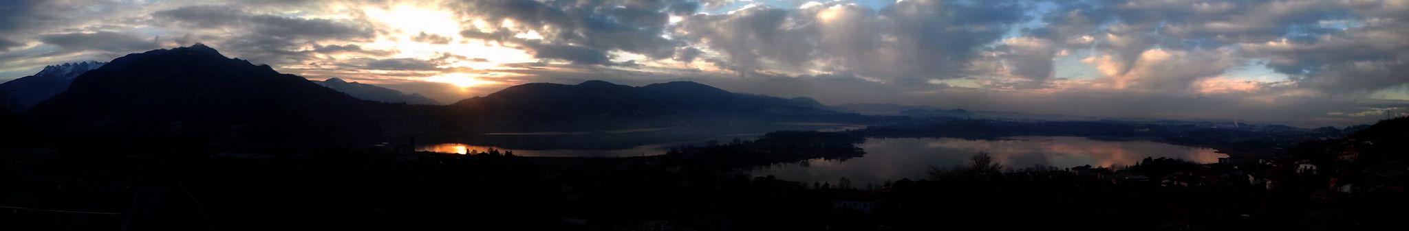 Panorama del Lago di Annone da Civate: alba di gennaio