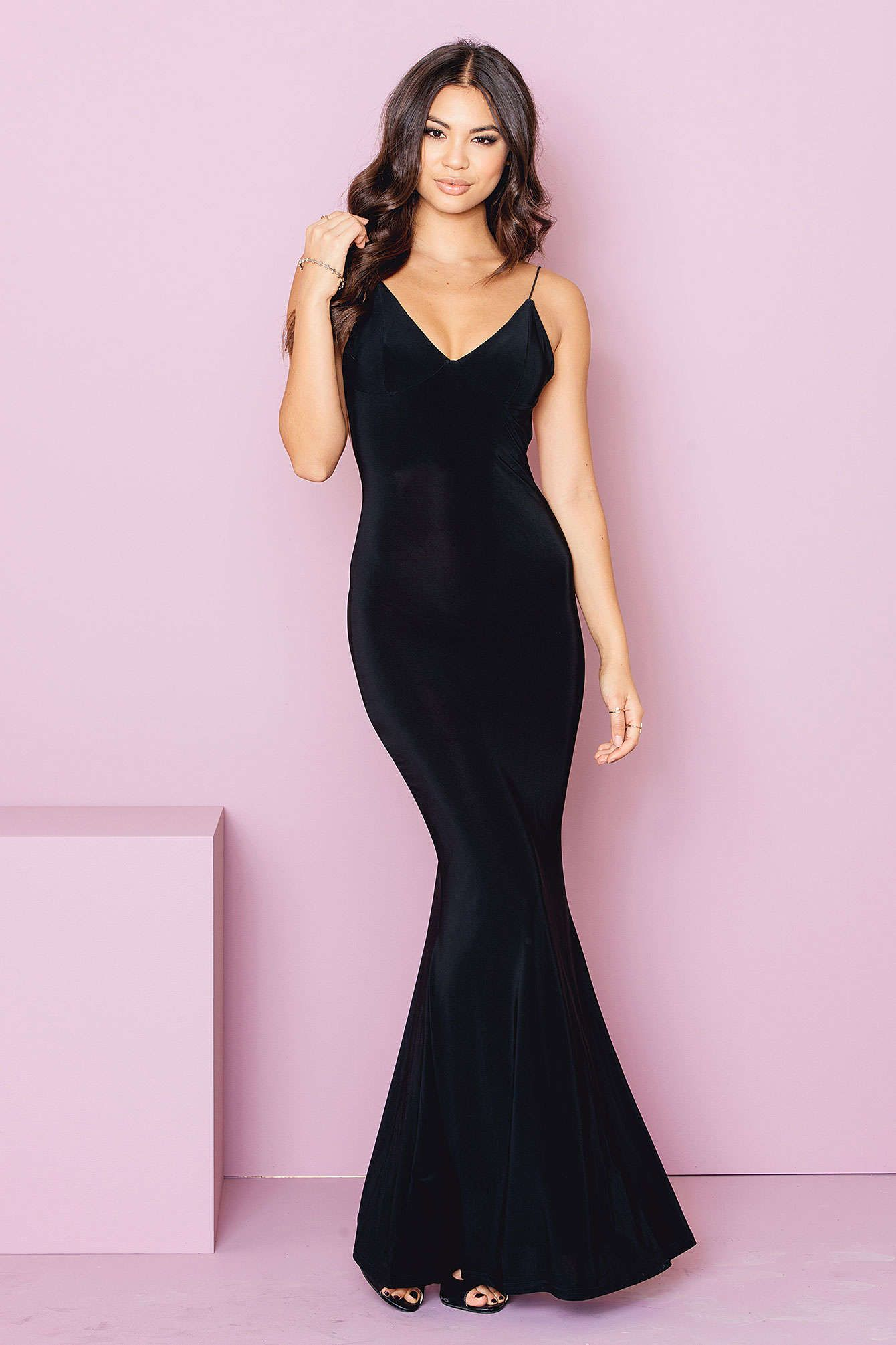 Show off you curves in this beauty by Rebecca Stella The Slinky