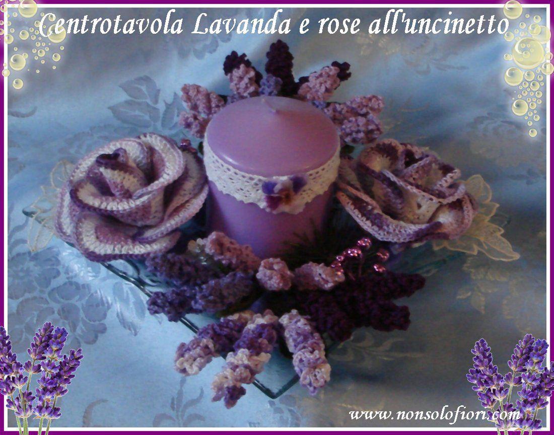 Questo centrotavola l'ho realizzato con fiori di lavanda e rose all'uncinetto. Al centro la candela con pizzo e la base è di vetro.  cm 20 x 30 altezza cm 10  www.nonsolofiori.com