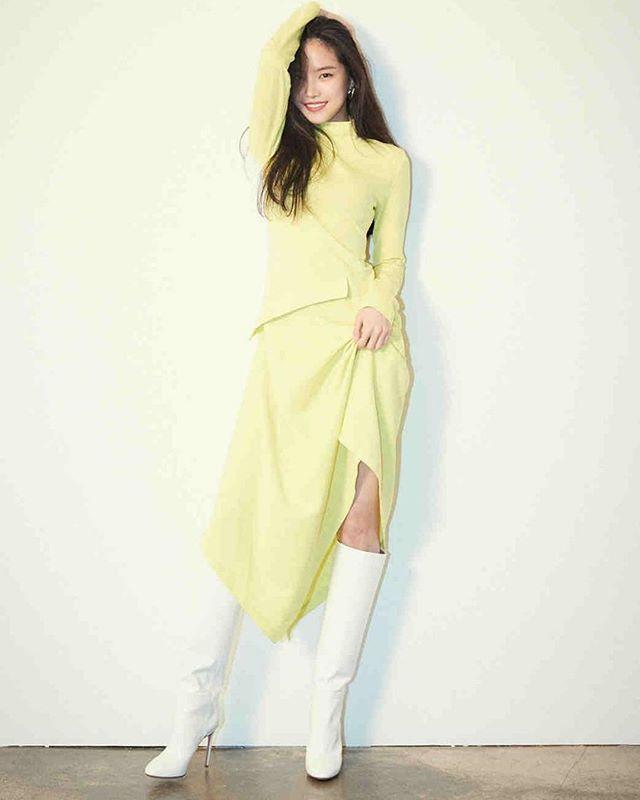 Nayeon Bias Wrecker (With images) | Fashion, Apink naeun ...