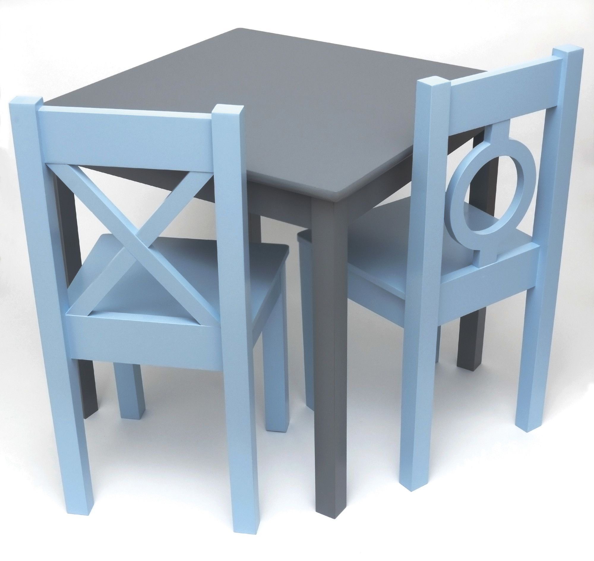 Lipper International Kid S Table And Chair Set Kids Table And