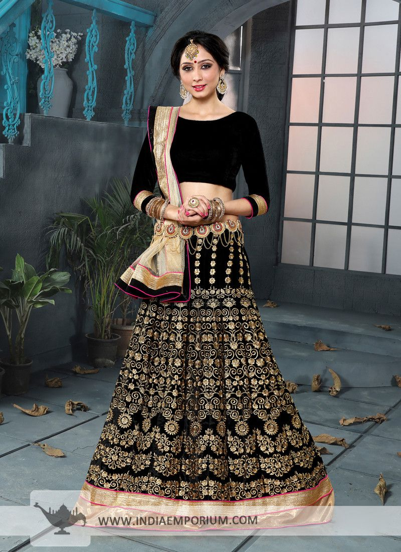 6e585380c053 Discover our latest party wear designer lehengas and you will surely be  spoilt for choice. Whether you want lehenga with achkan, short choli, long  choli or ...
