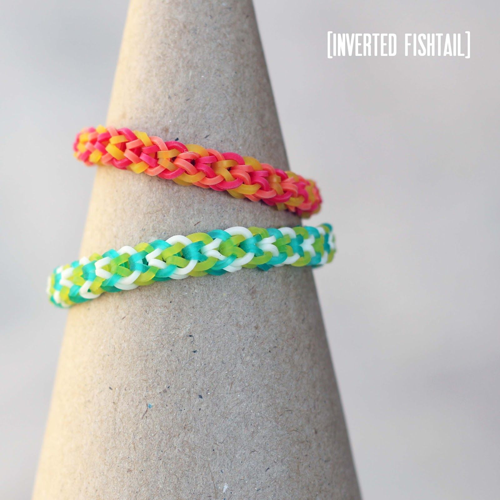 Inverted Fishtail Bracelet [intermediate] - Rainbow Loom video tutorial - http://www.blissbloomblog.com/