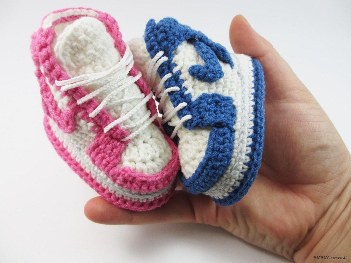 Baby shoes, crochet baby shoes, Nike Air Jordan 1, baby booties, crochet