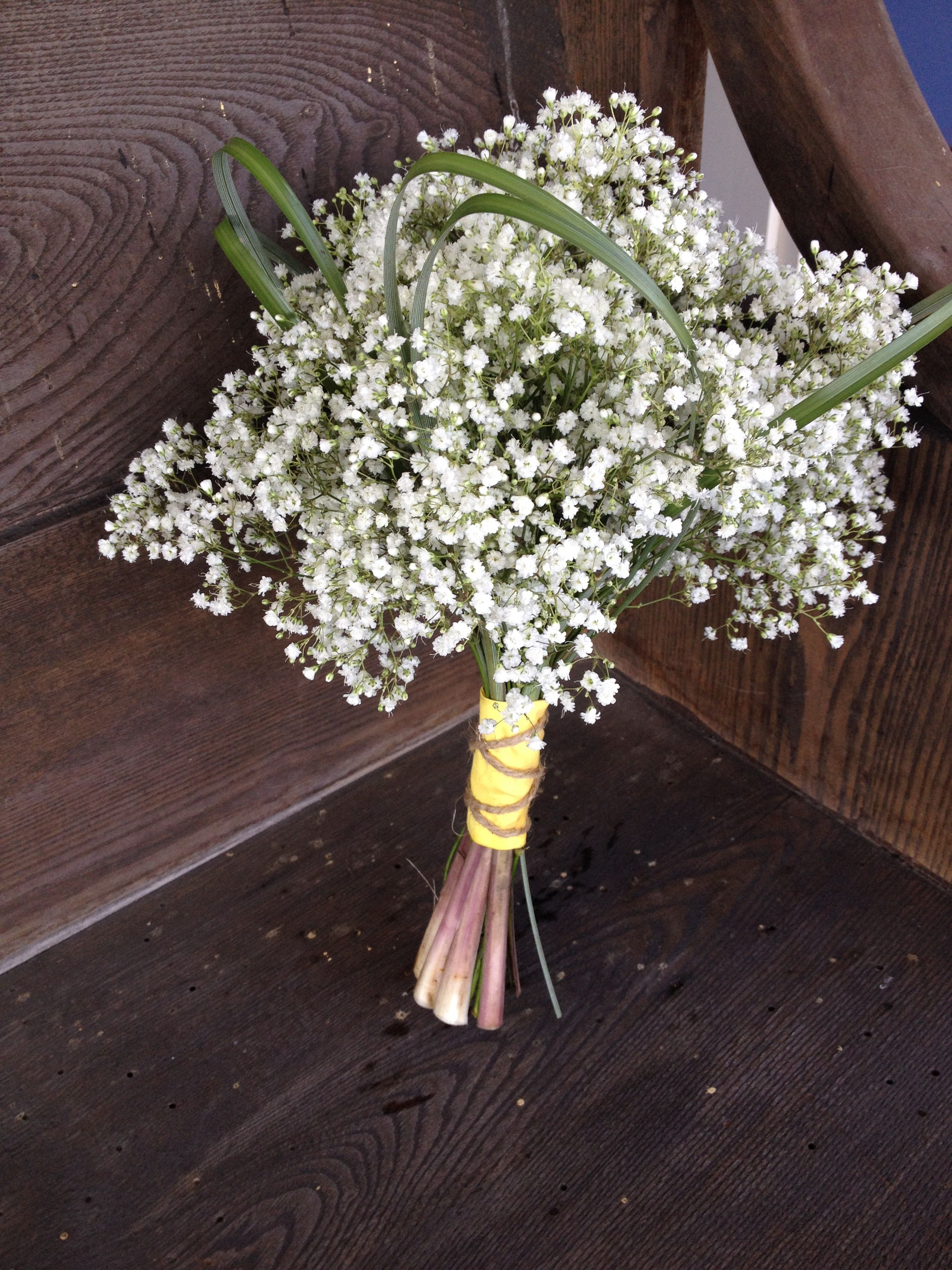 Baby S Breath Bouquet With Bear Grass Babys Breath Bouquet Babys Breath Wedding