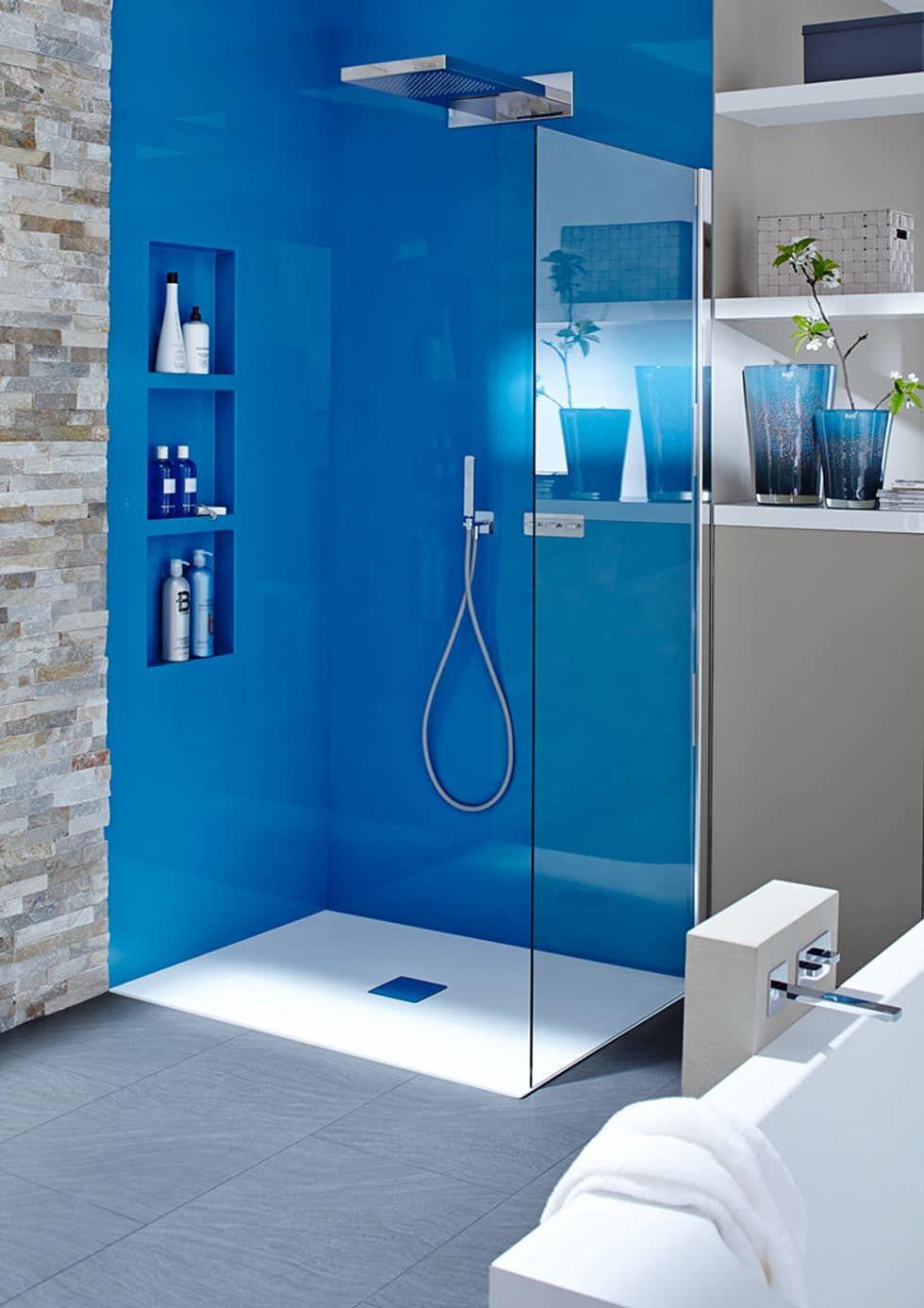 Badewanne Mit Tur Und Fugenlose Wande Moderne Badezimmer Von Bad Campioni Modern Badezimmer Fugenlose Dusche Und Badewanne