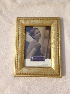 4 X 6 In. Gold Styled Frame (New)