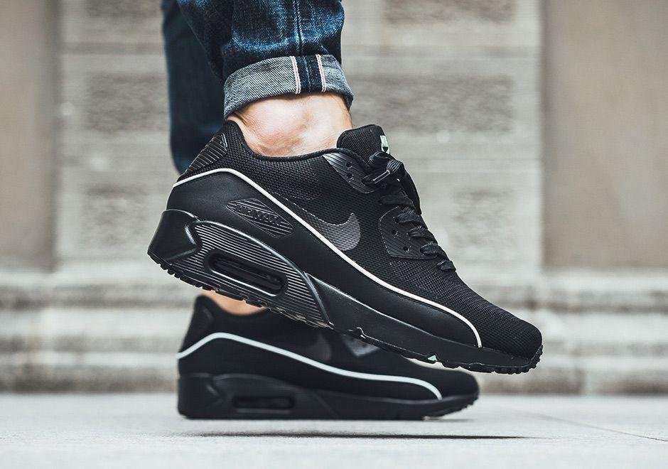 Nike Air Max 90 Ultra 2.0 Essential 875695 009   Sneakers