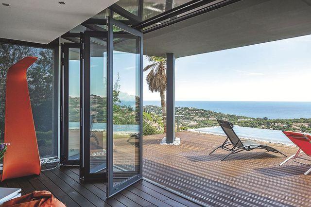 baie vitree porte a galandage porte