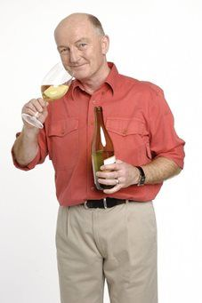 Oz Clarke - Event Host, After Dinner Speaker & Keynote Speaker - Drinks Expert