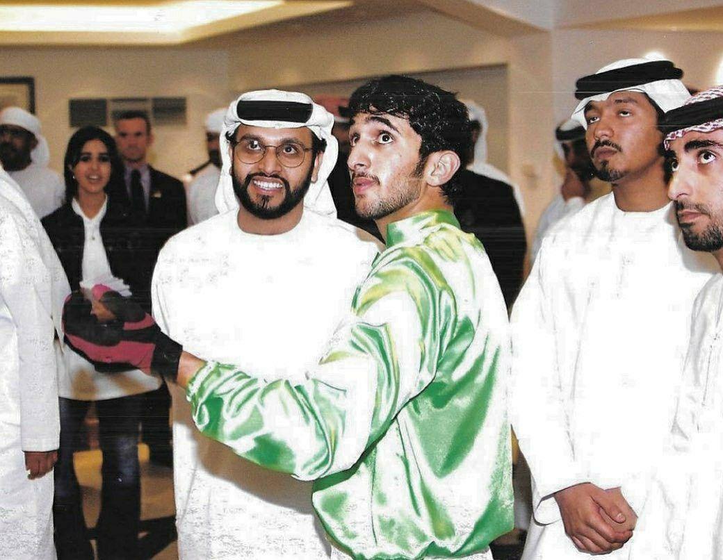 Pin By Faz3 Hamdan Fazza On Sheikh Rashid Bin Mohammed Vr Goggle Goggles Dubai