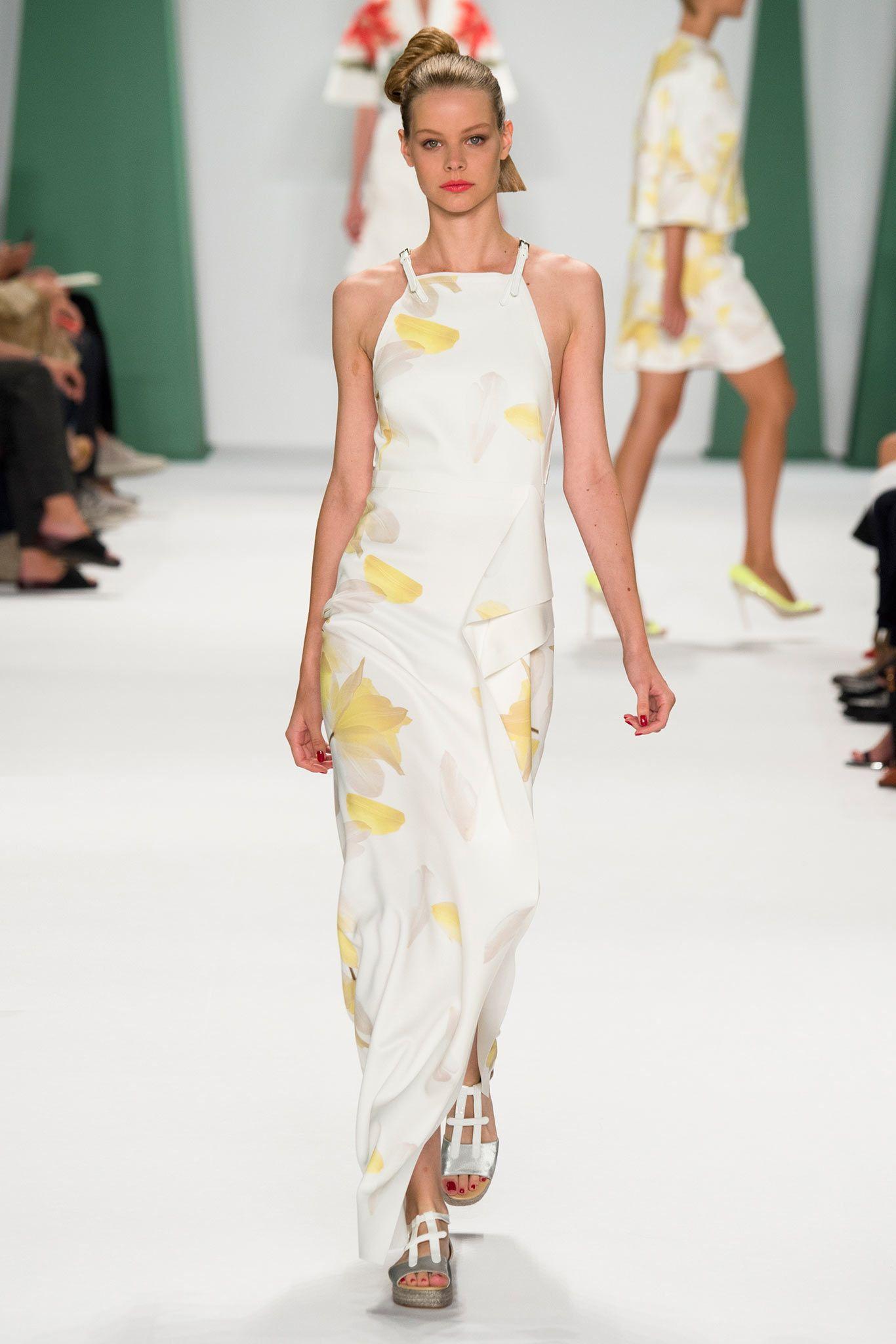 Carolina Herrera Spring 2015 Ready-to-Wear - Collection - Gallery - Style.com