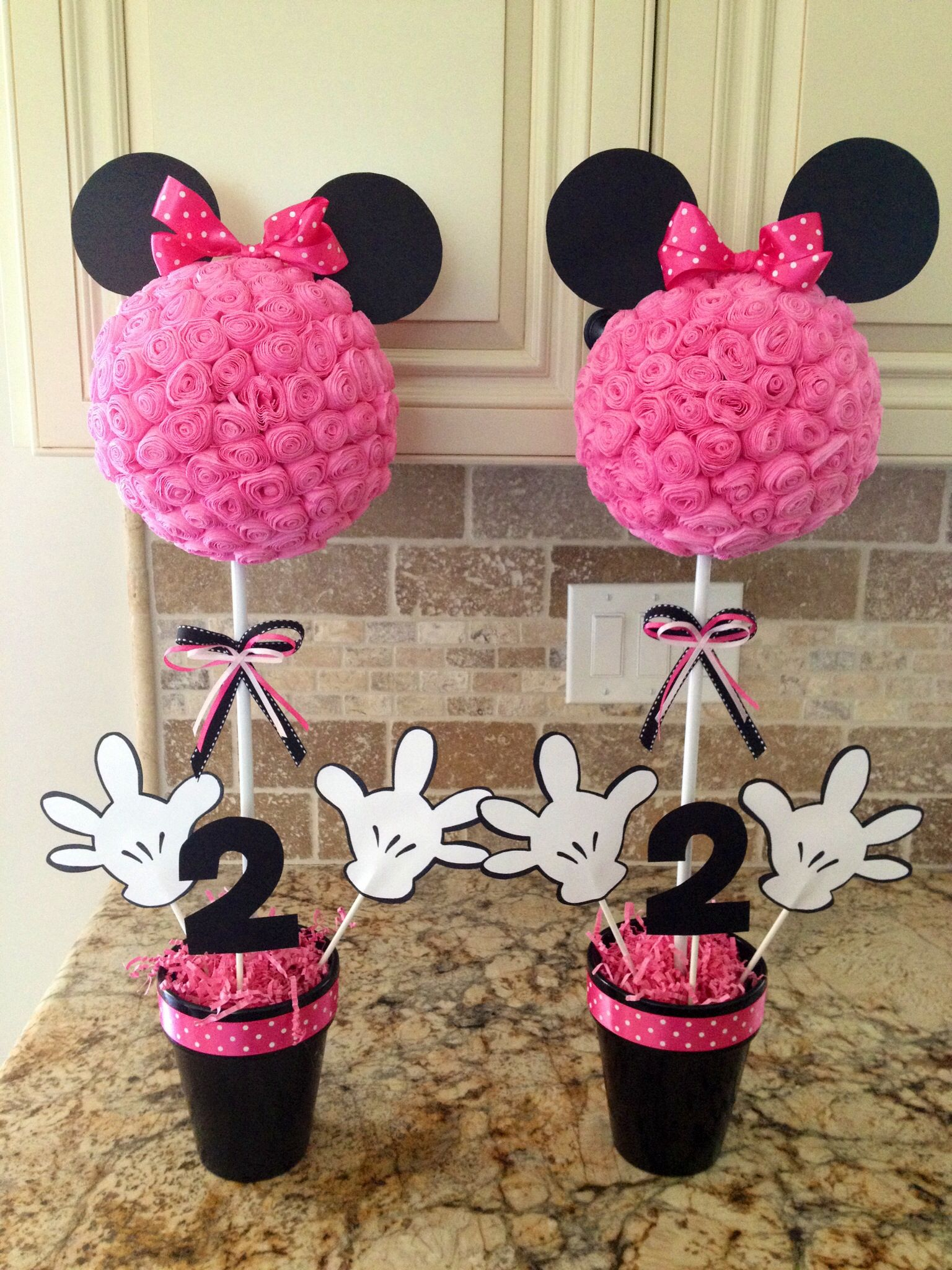Minnie Mouse centerpieces Minnie Mouse Pinterest Minnie mouse