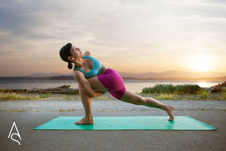 Crescent Lunge Bind Yoga Pose Yoga Poses Cool Yoga Poses Yoga Inspiration