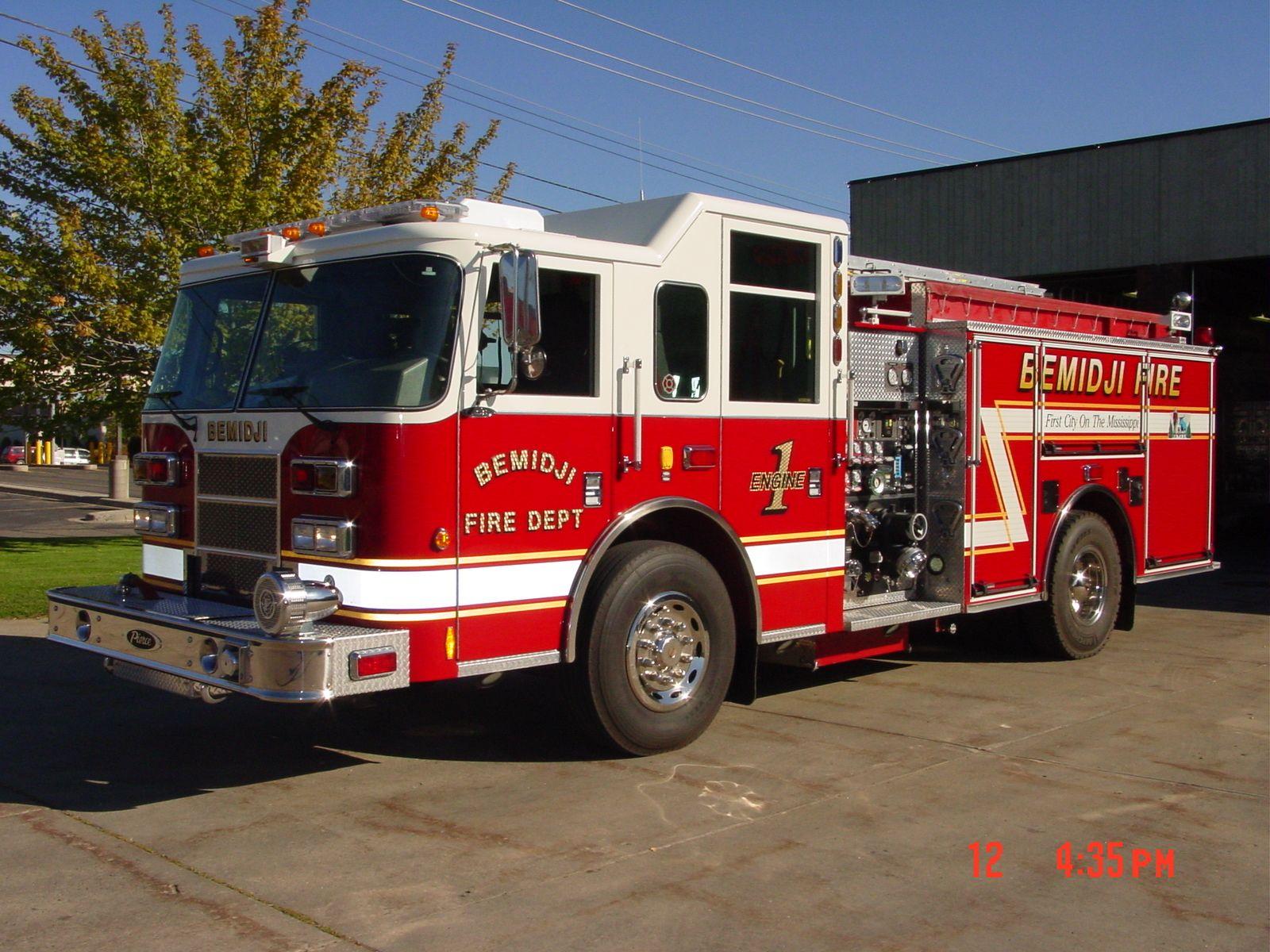 Bemidji Fire Department Mn Engine 1 Fire Trucks Fire Department Emergency Vehicles