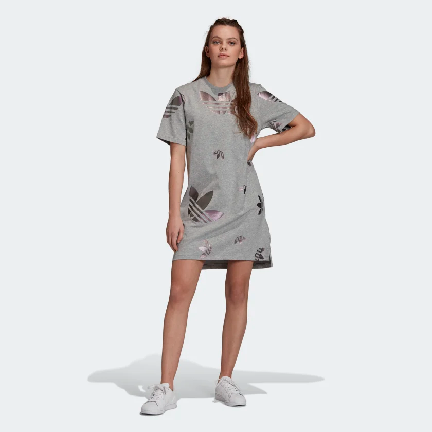 firma dinosaurio Hierbas  Large Logo Tee Dress in 2020 | Adidas dress, Tee dress, Sweat suits outfits
