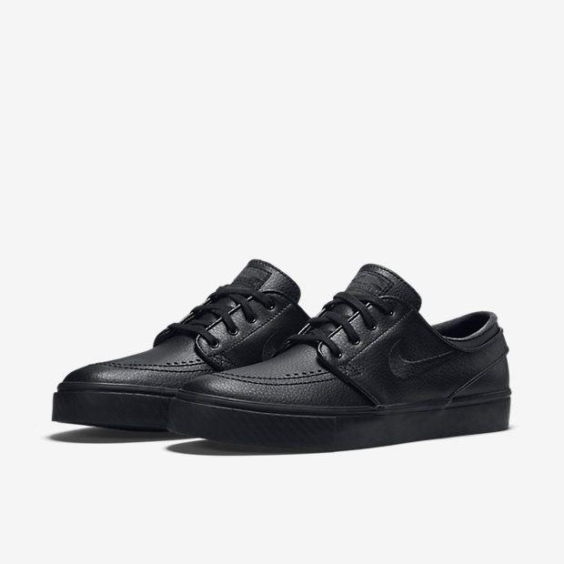 8a91c03316a0a Nike SB Zoom Stefan Janoski Leather Unisex Skateboarding Shoe (Men s Sizing)