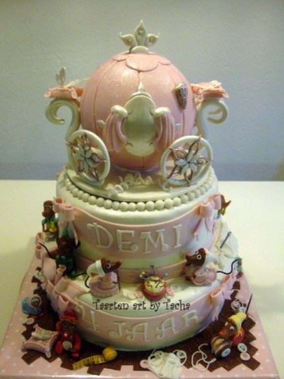 Cinderella Cake Party ideas Pinterest Cake Fancy cakes and