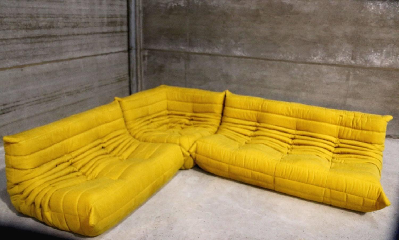 Vintage Yellow Togo Sofa Set Michel Ducaroy For Ligne Roset France 1stdibs Com Togo Sofa Sofa Set Vintage Yellow