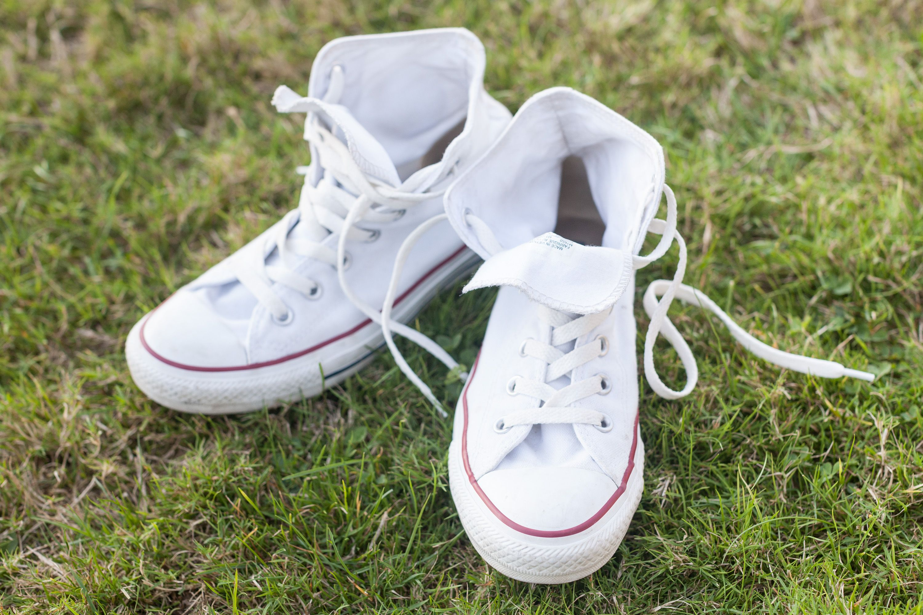 How to get mildew smell out of shoes hunker stinky