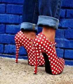 Very Minnie Mouse but I ♥ them w/ the rolled cuffed denim!